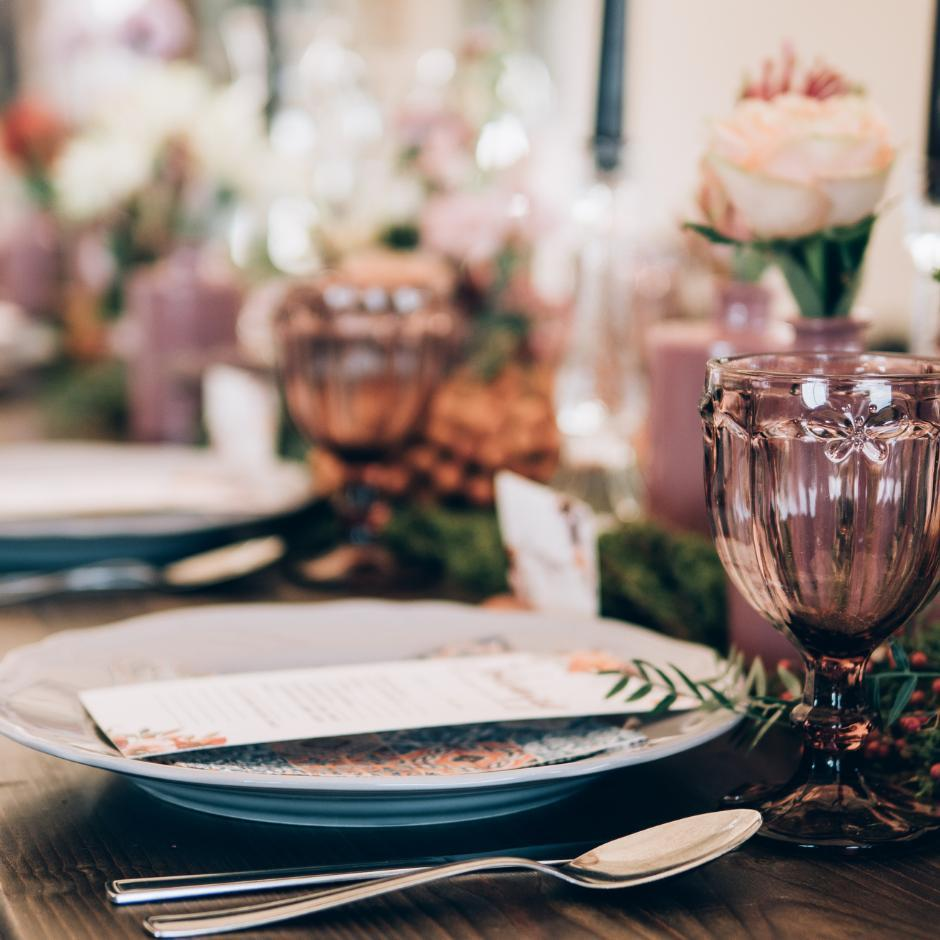 How to Save Money Planning a Beautiful Wedding